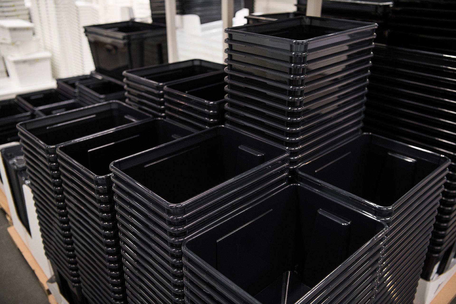 Caixas Plásticas – Conheça os tipos e suas diferenças