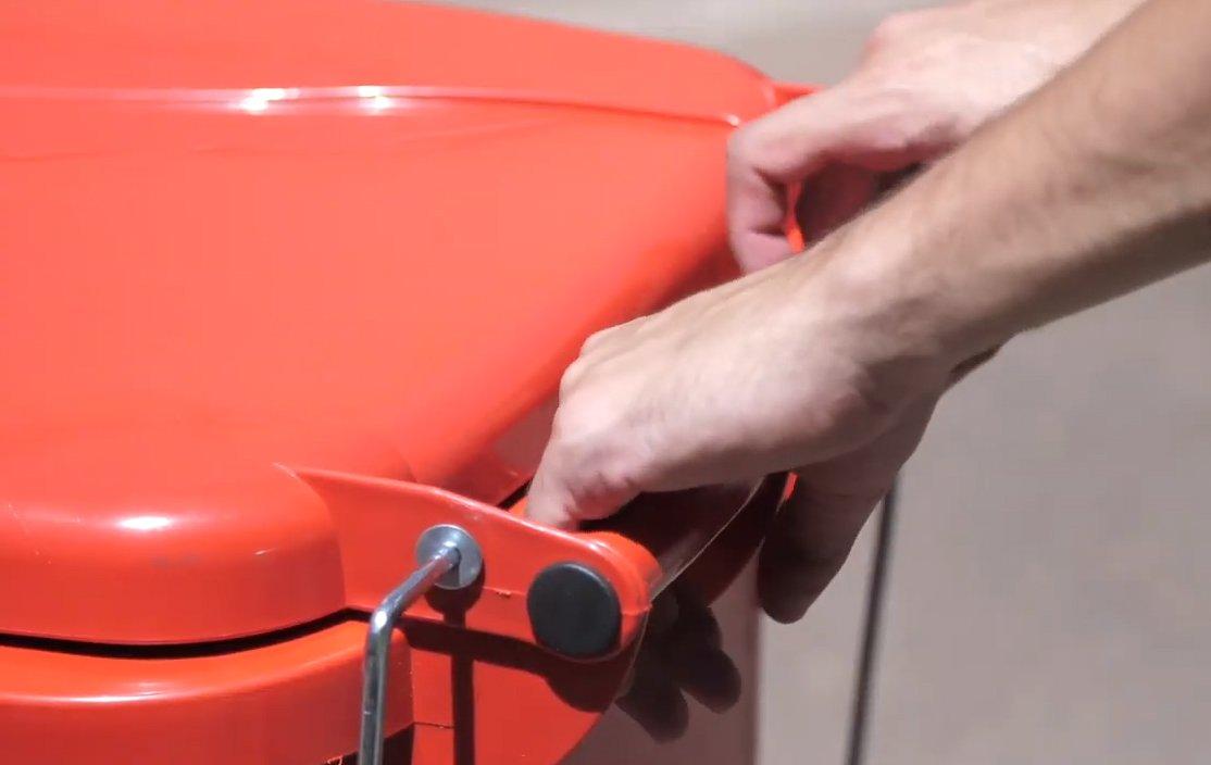 Carrinhos Coletores de Lixo – Conheça os Modelos e Indicações